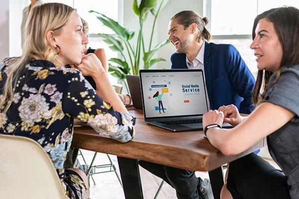 people in a meeting digital marketing agency
